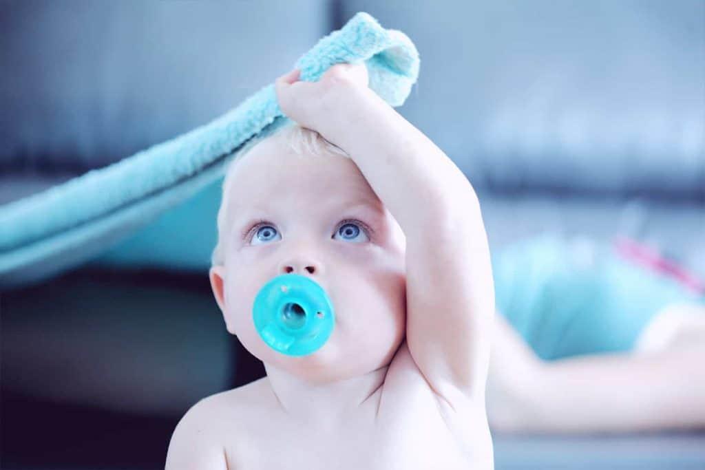 Chupetes, biberones y accesorios para bebés
